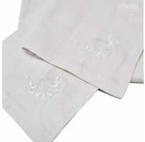 medvilnine balta staltiese