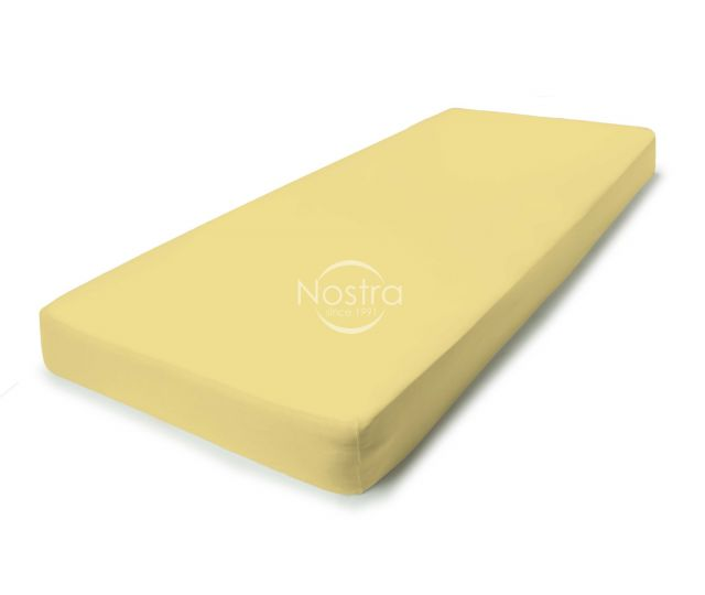 geltona trikotazine paklode su guma